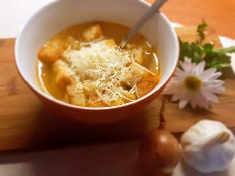 polievky z cibule